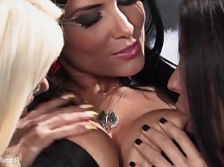 Oral pleasure showcased in free lesbian porno movies. Here, the main focus is placed on cunnilingus sessions, rimjobs, and other types of hot oral.