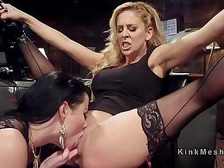 Lezdom anal strap on dildo fucking