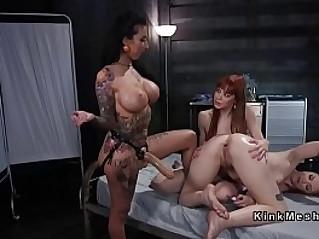 Alt lesbian doctor fucks patients