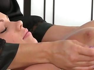 Masseuse babe lesbian oral