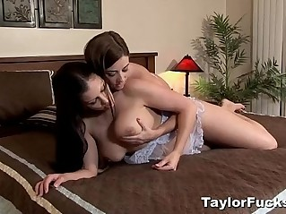 Taylor Vixen And Aria In Bed